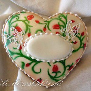 Tulipán mintával festett táblácskás mézeskalács szív